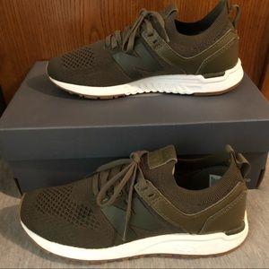 LIKE NEW (worn 1x) - New Balance Lifestyle Sneaker